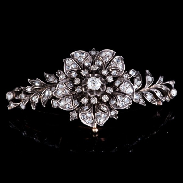 Broche diamants